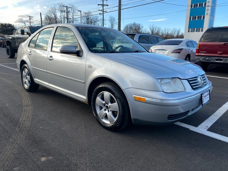 Volkswagen Jetta Sedan 2005 price $3,495