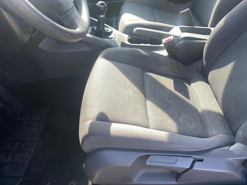 Volkswagen Rabbit 2009 price $4,450