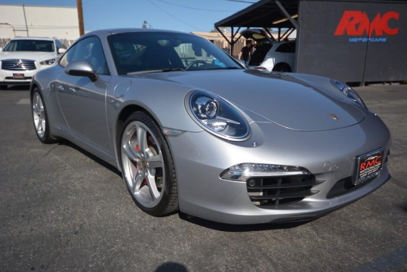 Porsche 911 2013 price $75,880