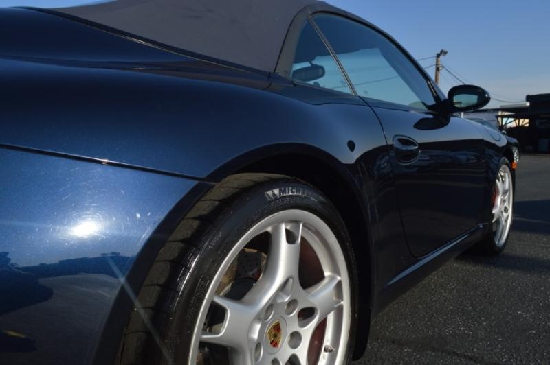 Porsche 911 2006 price $37,880