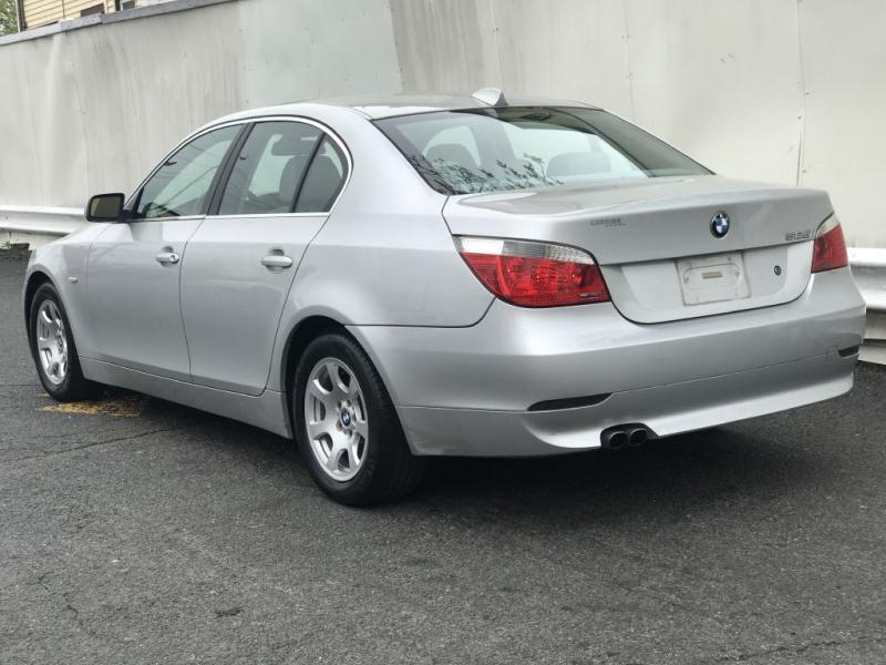 BMW 525 2004 price $2,999