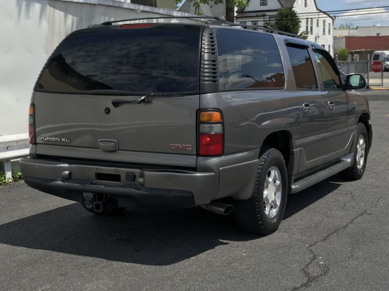 GMC YUKON XL 2005 price $4,500