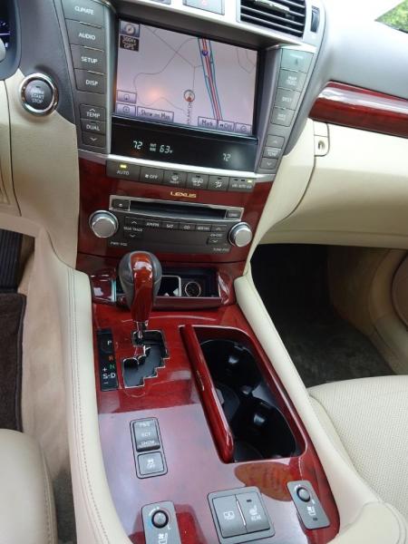 LEXUS LS 2012 price $17,995