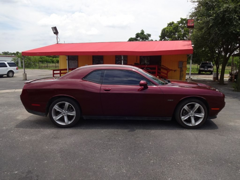 DODGE CHALLENGER 2017 price $23,995
