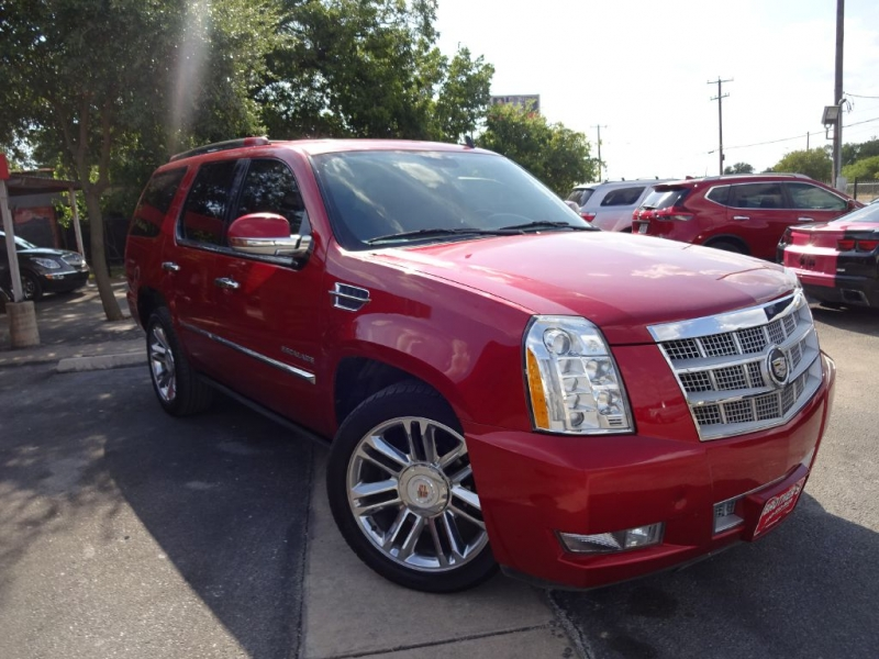 CADILLAC ESCALADE 2012 price $25,995
