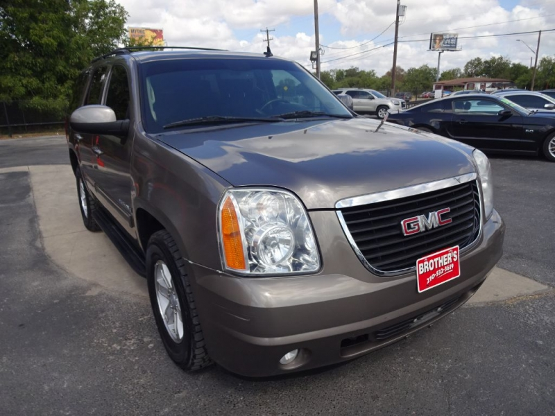 GMC YUKON SLE 2011 price $15,995