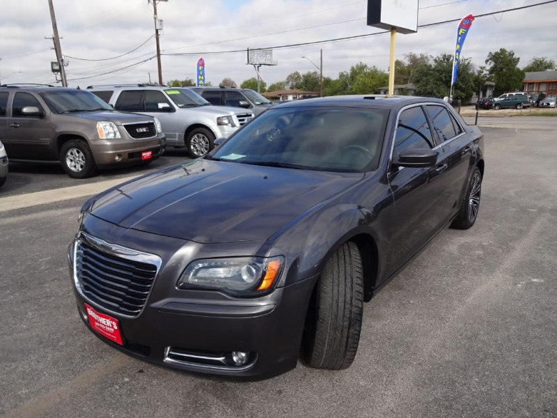 CHRYSLER 300 S 2014 price $17,995