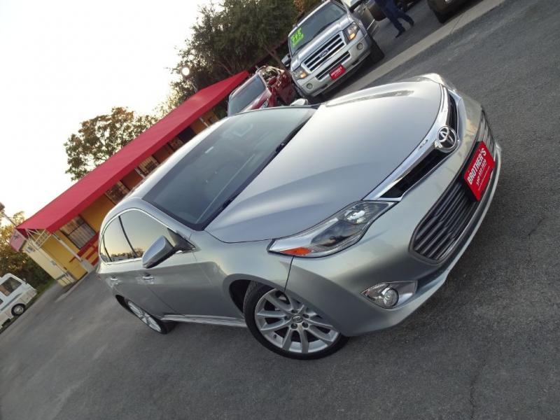 TOYOTA AVALON XLE 2015 price $17,995