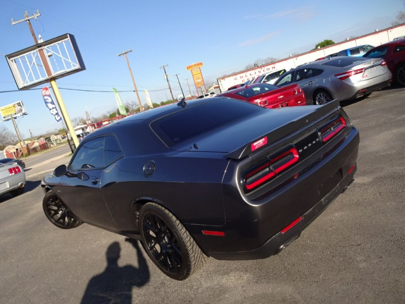 DODGE CHALLENGER 2015 price $24,995