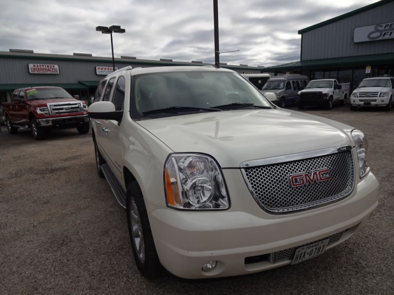 GMC YUKON 2010 price $19,995