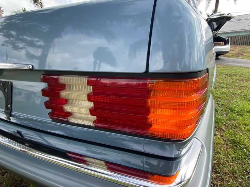 Mercedes-Benz 420 Series 1986 price $0