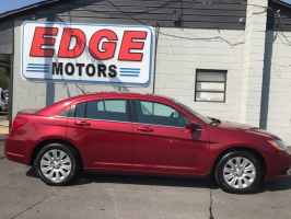 Chrysler 200 LX, Clean, Financing Available. 2014