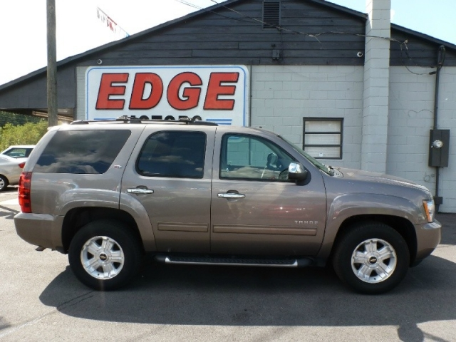 2013 Chevrolet Tahoe Z71 4X4 Off-Road, Super Loaded