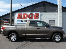 Toyota Tundra 4WD Double CabTruck 2012