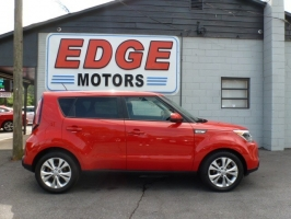Kia Soul Plus, Low Miles and Clean 2015