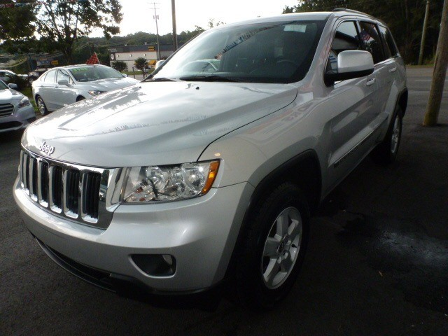 Jeep Grand Cherokee 2012 price $12,988
