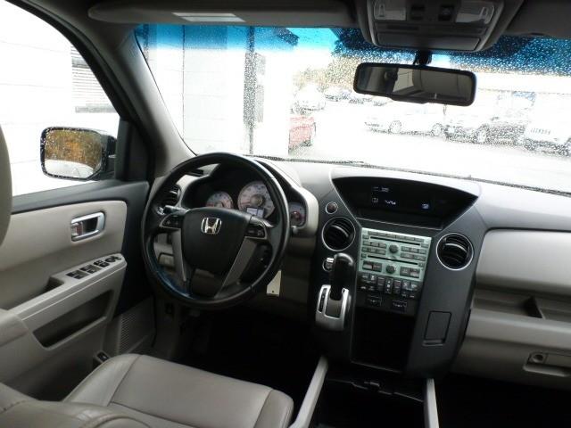 Honda Pilot 4WD 2011 price $15,788