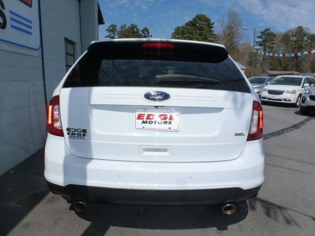 Ford Edge 2014 price $14,988