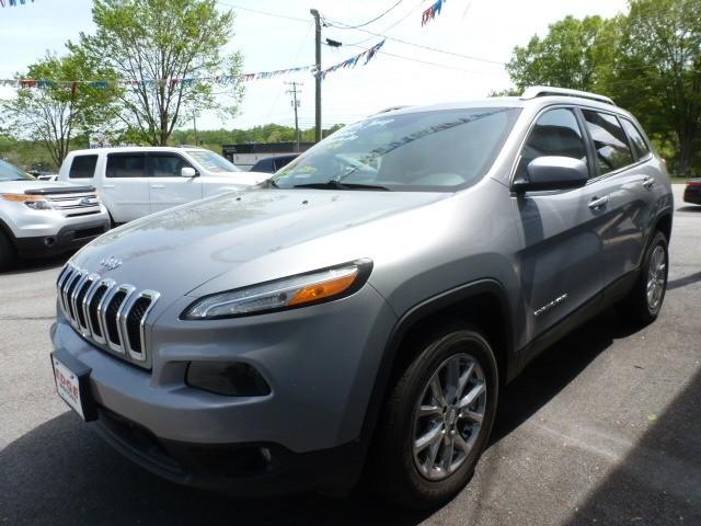 Jeep Cherokee 2015 price $17,388