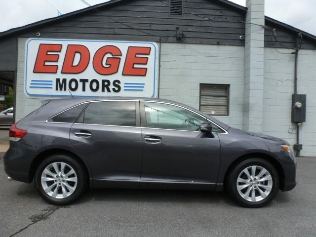 Toyota Venza 2015 price $18,988