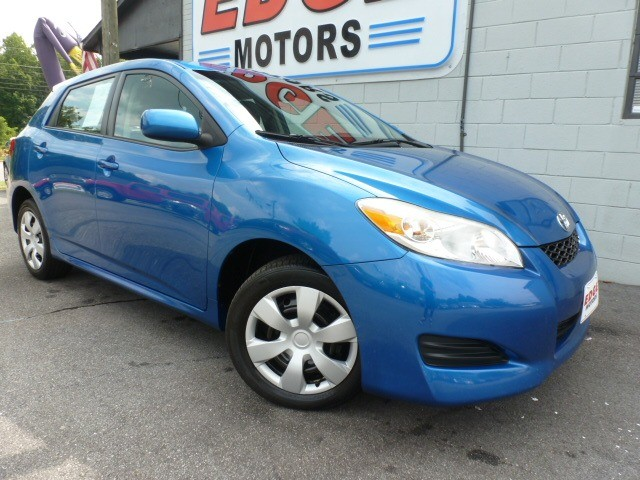 Toyota Matrix 2009 price $9,988