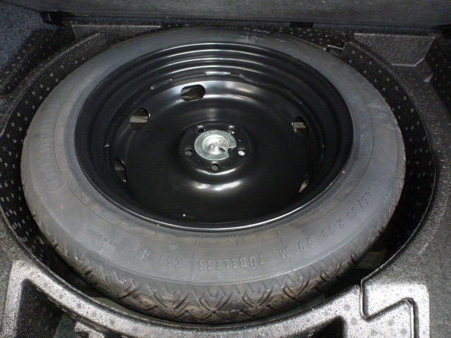 Volkswagen Tiguan 2013 price $11,788
