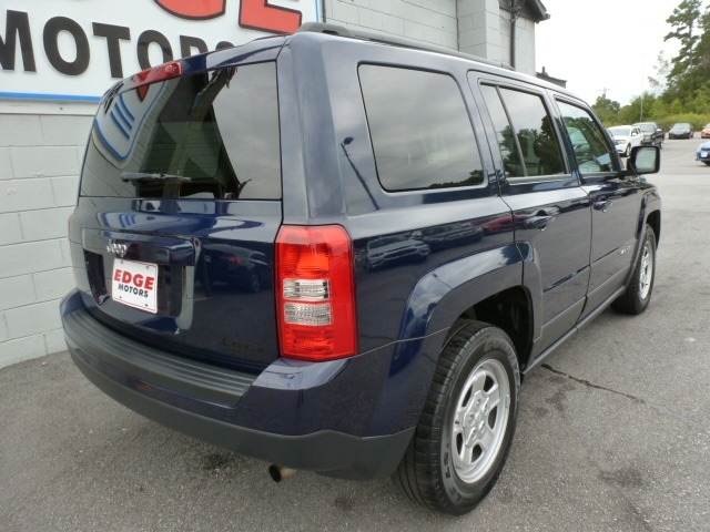 Jeep Patriot 2016 price $13,988