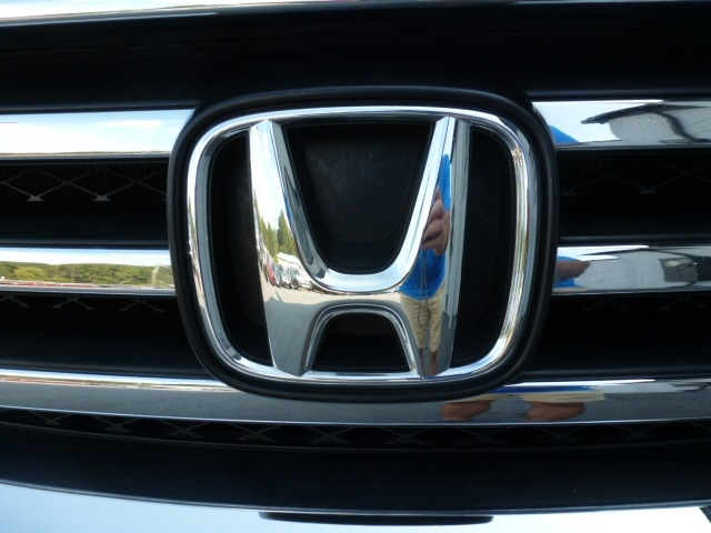Honda Pilot 2015 price $15,488