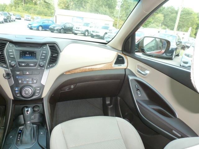 Hyundai Santa Fe Sport 2014 price $12,988