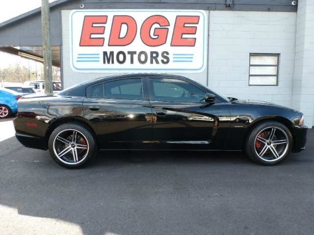 2013 Dodge Charger RT RWD