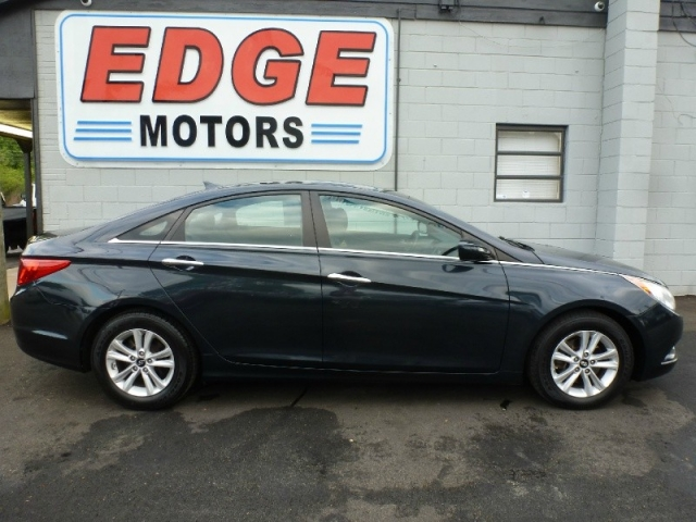 2011 Hyundai Sonata GLS, One Year Hyundai warranty on the engin