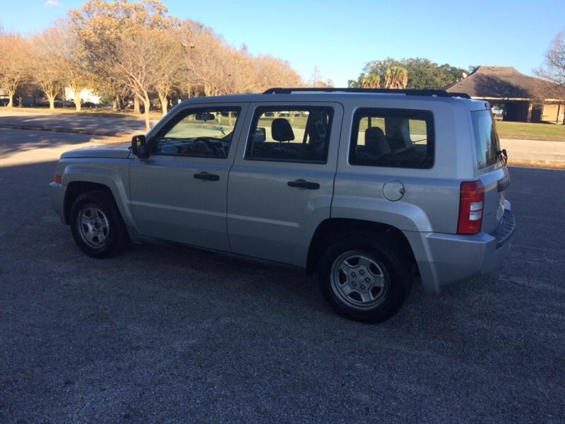 Jeep Patriot 2008 price $3,700