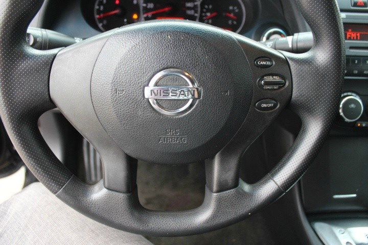 Nissan Altima 2011 price $5,500