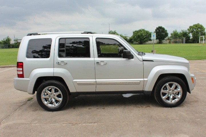 Jeep Liberty 2009 price $6,100