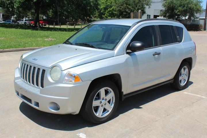 Jeep Compass 2007 price $3,900