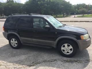 Ford Escape 2002 price $1,995