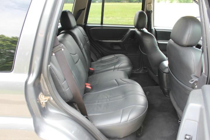 Jeep Grand Cherokee 2004 price $2,990