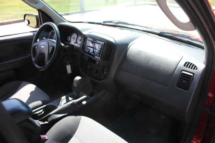 Ford Escape 2007 price $2,990