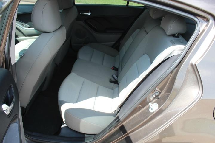Kia Forte 5-Door 2014 price $5,900