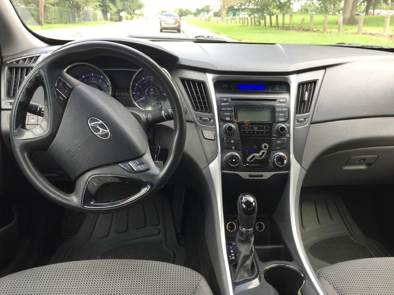 Hyundai Sonata 2012 price $5,000