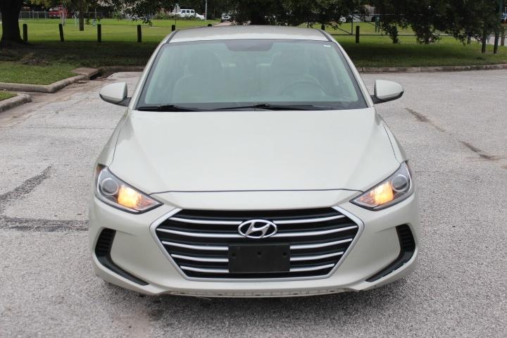 Hyundai Elantra 2017 price $8,500