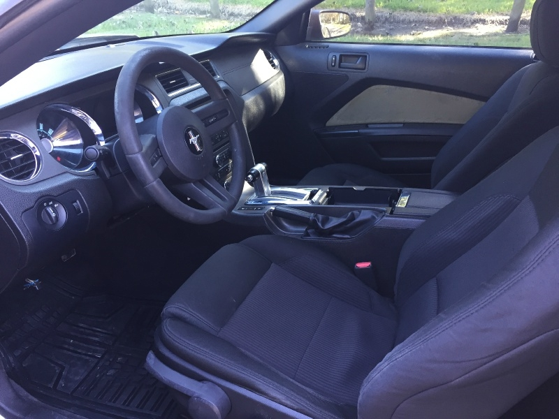 Ford Mustang 2010 price $7,200