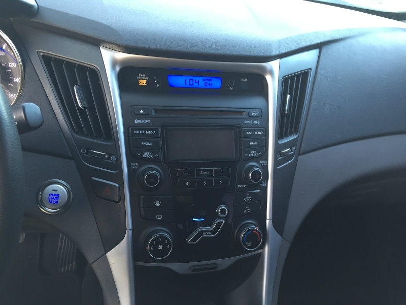 Hyundai Sonata 2012 price $5,400
