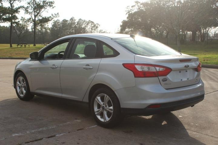 Ford Focus 2013 price $4,200