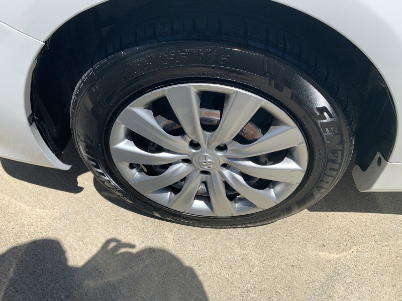 Toyota Corolla 2013 price $6,600