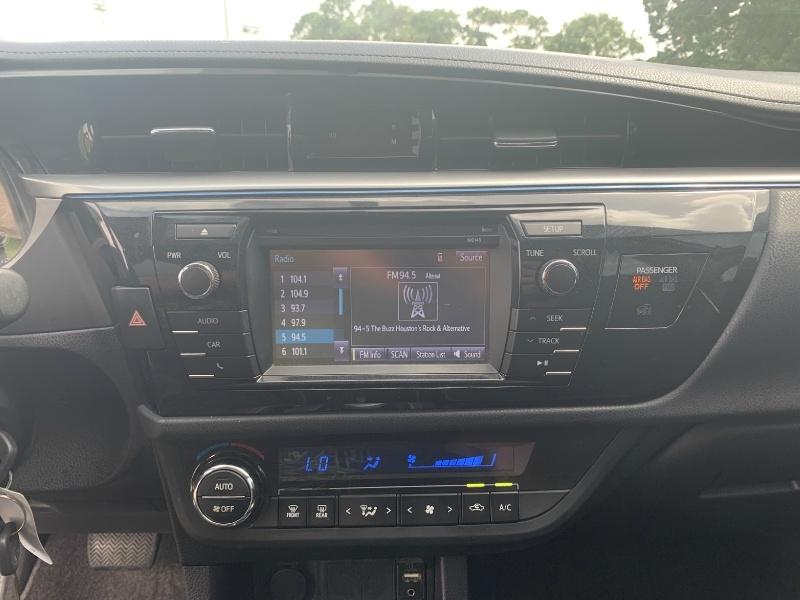 Toyota Corolla 2014 price $7,900