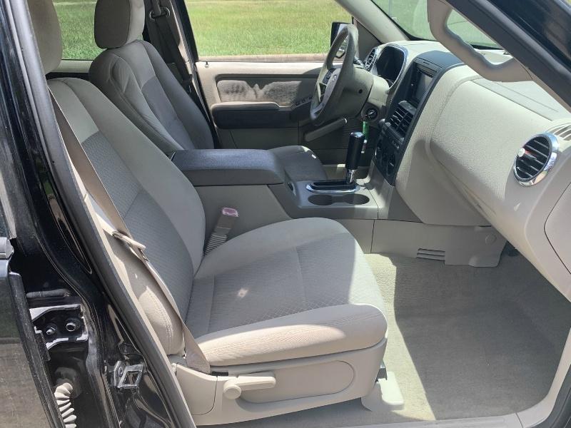 Ford Explorer 2006 price $2,500