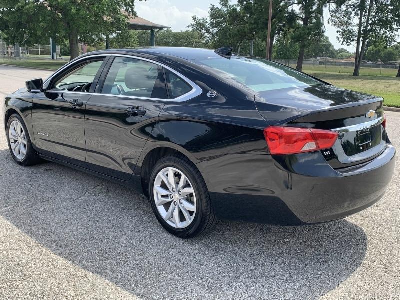 Chevrolet Impala 2019 price $17,600