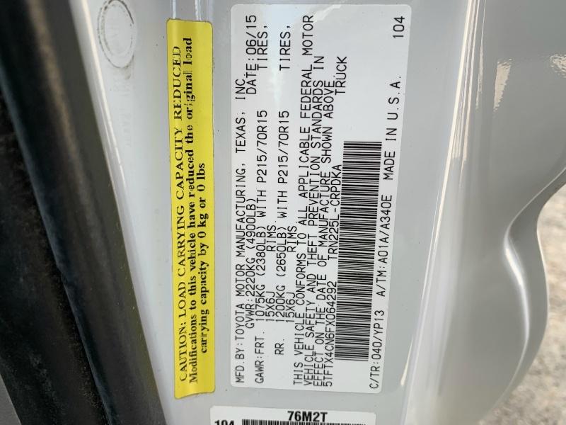 Toyota Tacoma 2015 price $7,600