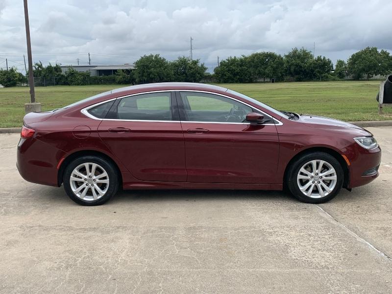 Chrysler 200 2016 price $9,000
